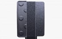 Free choice of pedal plate surface.